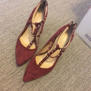 Banana republic wine color suede heels size 9